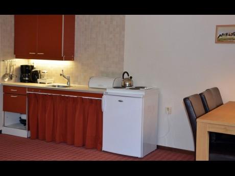 Vakantiepark het timmerholt bungalows tb 4 6 - Halve cirkelbank ...